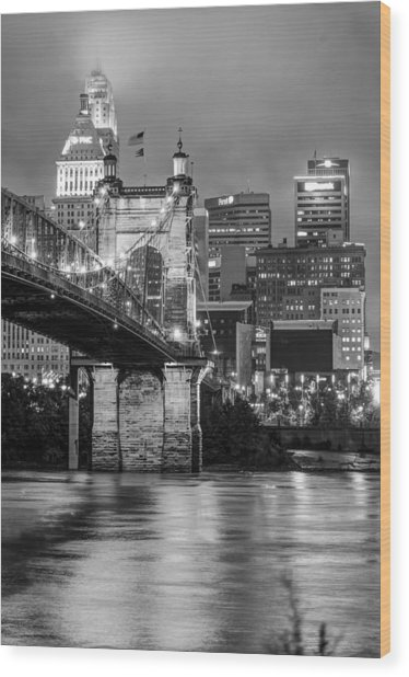 Cincinnati Ohio Skyline And Bridge - Black And White Wood Print