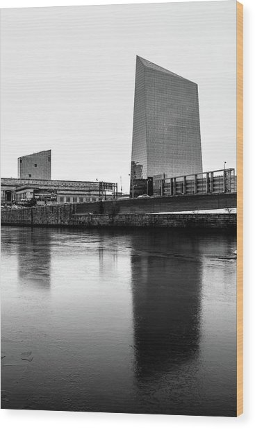Cira Centre - Philadelphia Urban Photography Wood Print