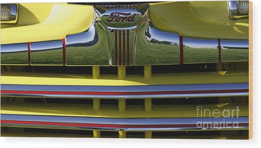 Classic Ford Chrome Grill Wood Print