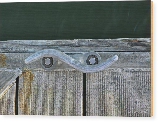 Cleat On A Dock Wood Print