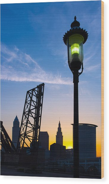 Cleveland Morning By The Lamp Post Wood Print