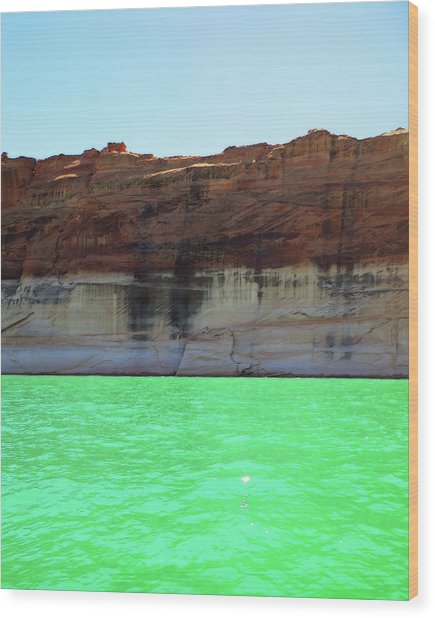 Cliff At Lake Powell Wood Print