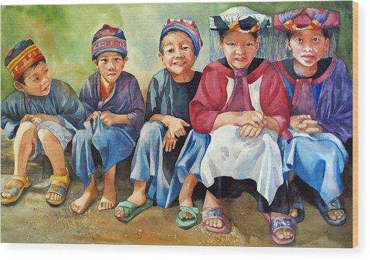 Close Thais Wood Print