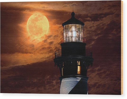 Closeup Of Full Moon Rising Over St Augustine Lighthouse Wood Print