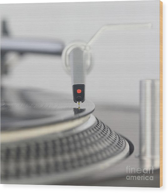 Closeup Of The Legendary Technics Sl 1200 Mk2 Turntable Wood Print