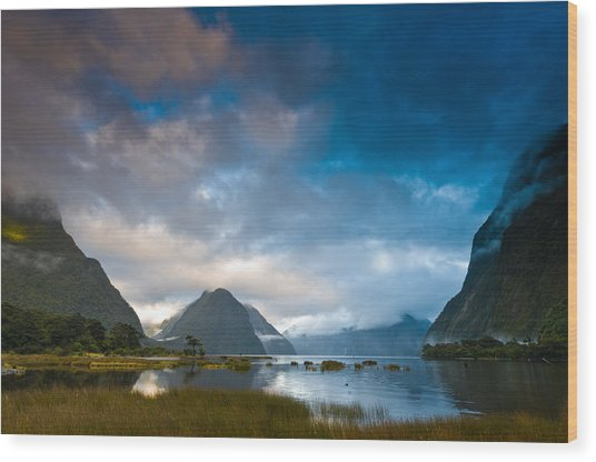 Cloudy Morning At Milford Sound At Sunrise Wood Print