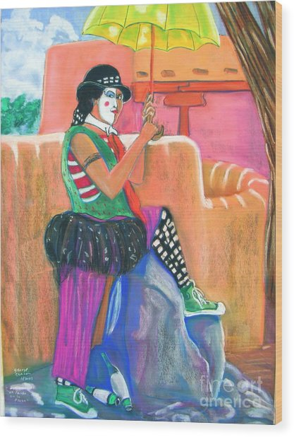 clown on Taos plaza Wood Print by George Chacon