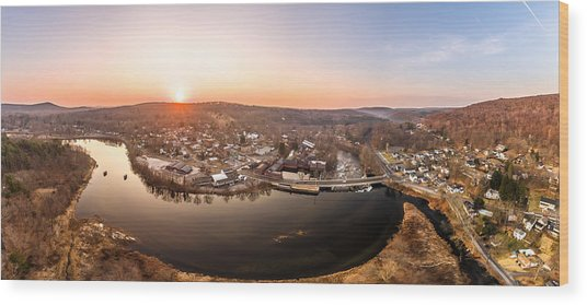 Colinsville, Connecticut Sunrise Panorama Wood Print