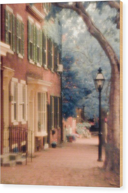 Colonial Old New Castle Wood Print