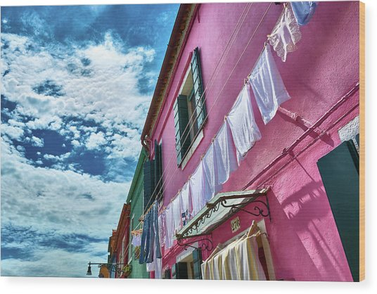 Colorful Facade With Laundry In Burano Wood Print