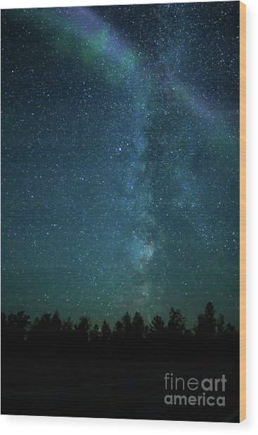 Colors Over The Milky Way Wood Print