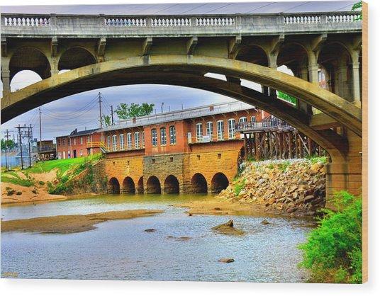 Columbia Canal At Gervais Street Bridge Wood Print