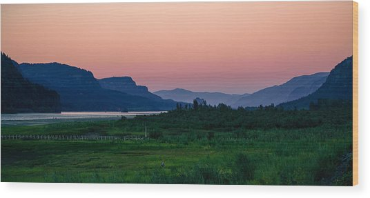 Columbia Gorge Wood Print
