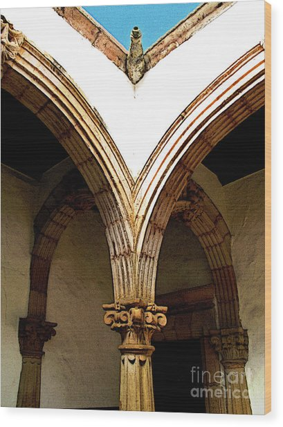 Column And Arch Wood Print by Mexicolors Art Photography