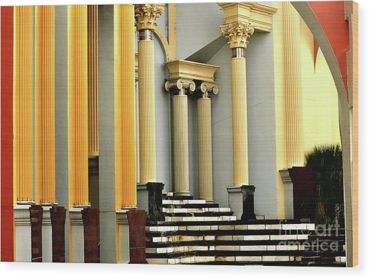 Columns At Plaza De Italia Wood Print