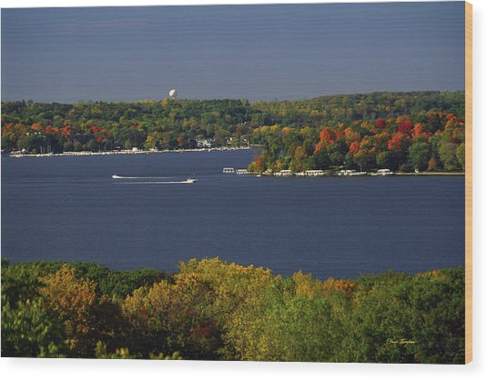 Coming And Going - Lake Geneva Wisconsin Wood Print