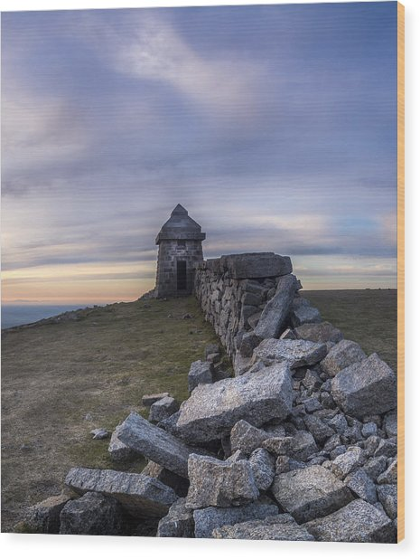 Commedagh Summit Shelter Wood Print