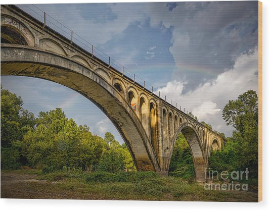 Wood Print featuring the photograph Confederate Rainbow At Bovina by T Lowry Wilson