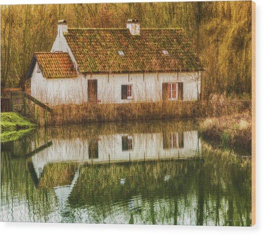 Cottage Reflection Wood Print