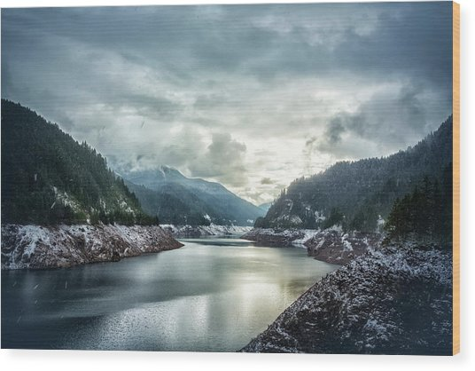 Cougar Reservoir On A Snowy Day Wood Print