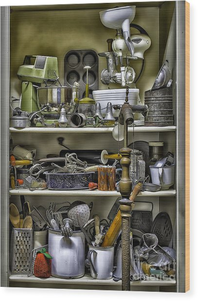 Country Kitchen Pantry Wood Print