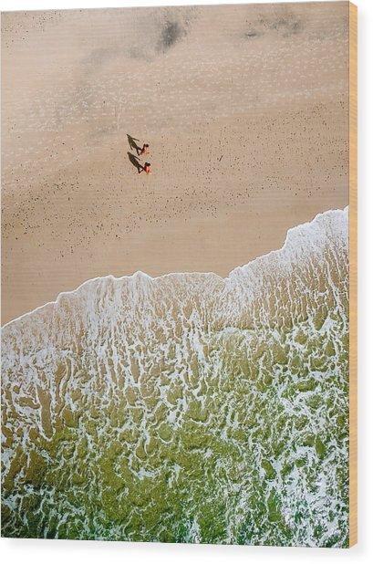 Couple Walking On Tallow Beach Wood Print