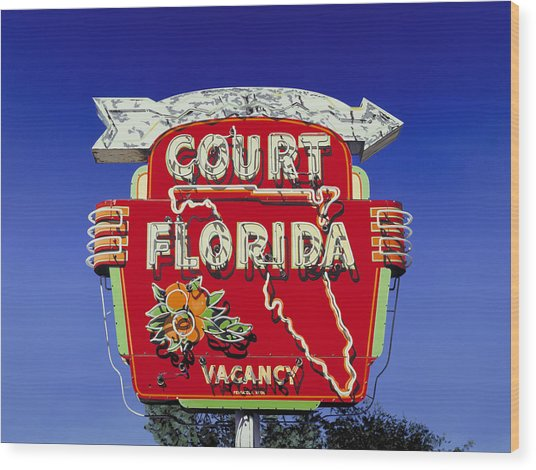 Court Florida Wood Print by Randy Ford