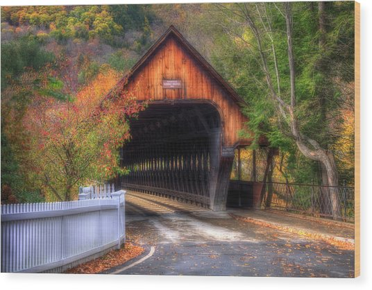 Covered Bridge In Autumn - Woodstock Vermont Wood Print