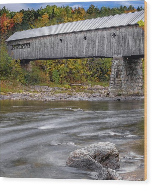 Covered Bridge In Vermont With Fall Foliage Wood Print