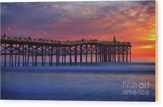 Crystal Pier In Pacific Beach Decorated With Christmas Lights Wood Print