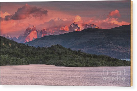 Wood Print featuring the photograph Cuernos On Fire by Stuart Gordon