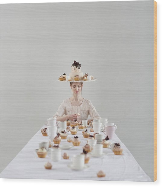 Cupcakes Wood Print by Dasha Pears