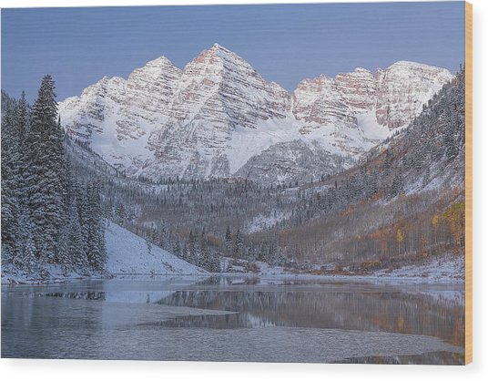Dawn At Maroon Bells 2 Wood Print