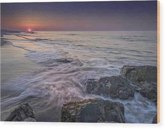Dawn Breaks At Cape May Wood Print