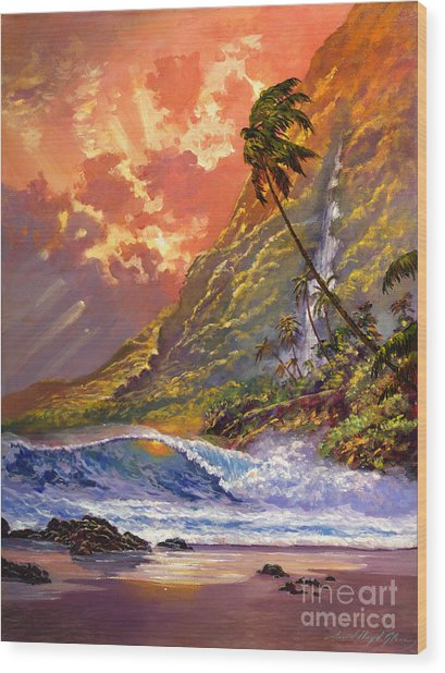 Dawn In Oahu Wood Print