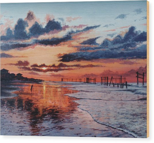 Dawn On Crystal Beach Wood Print