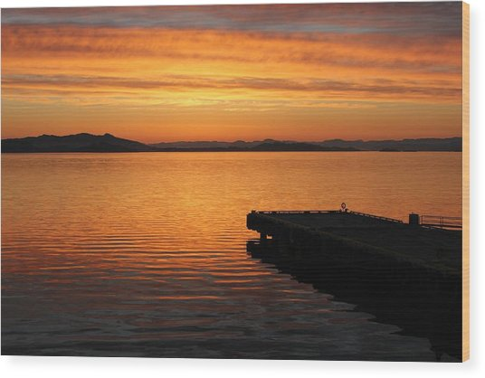 Dawn On The Water At Dusavik Wood Print