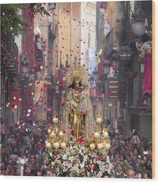 Day Of The Virgen De Los Desamparados Wood Print