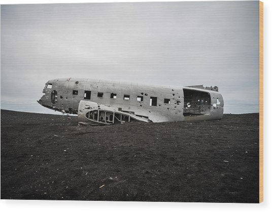 Dc-3 Wreck On The Solheimasandur Wood Print