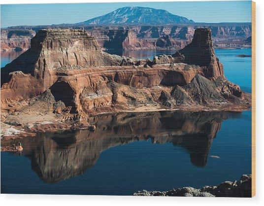 Deep Reflections In Lake Powell Wood Print