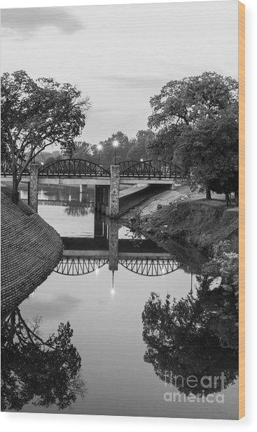 Delaware Creek At Dawn Wood Print