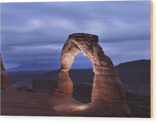 Delicate Arch At Twilight Wood Print