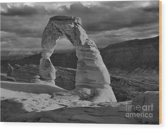 Delicate Arch Black And White Sunset Shadow Wood Print
