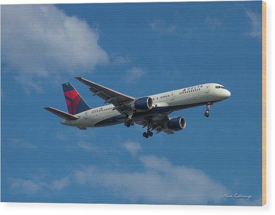 Delta Air Lines 757 Airplane N668dn Wood Print