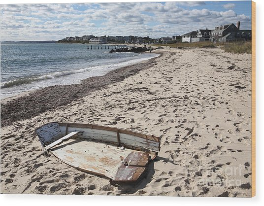 Derelict  Boat, Falmouth Beach Wood Print by Bryan Attewell
