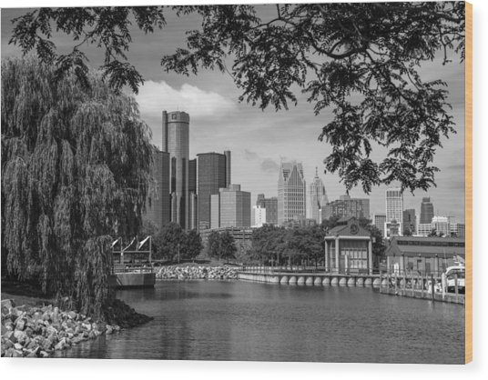 Detroit Skyline And Marina Black And White  Wood Print