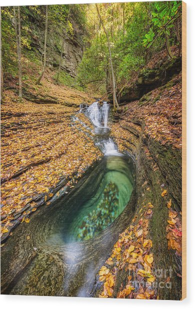 Devils Bathtub Autumn Wood Print