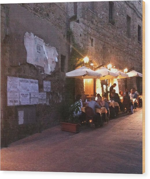 Dining In Tuscany Wood Print