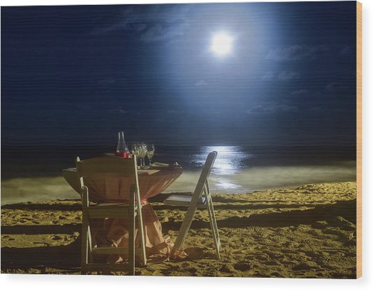 Dinner For Two In The Moonlight Wood Print