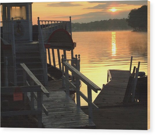Dixie Boat Sunrise Wood Print